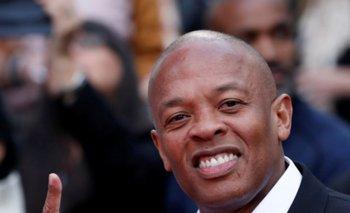 El rapero Dr Dre dice que está 'muy bien', tras sufrir un aneurisma