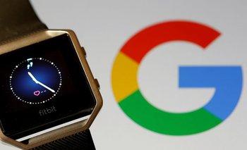 Google cierra un acuerdo para comprar Fitbit mientras sigue investigación del Departamento de Justicia