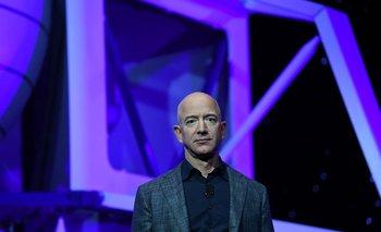 Blue Origin de Jeff Bezos aspira a enviar pasajeros al espacio para abril: CNBC