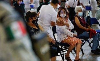 México roza las 184,000 muertes por coronavirus