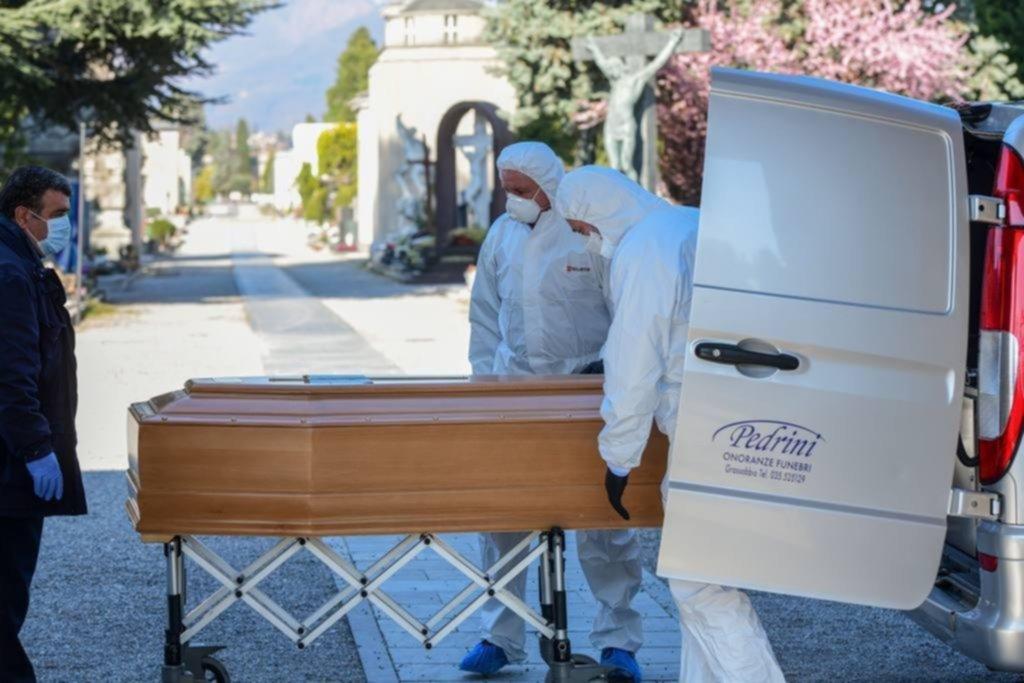 Construirán fosa común para fallecidos por coronavirus — Ecuador