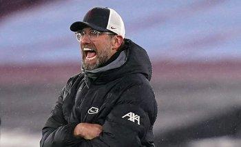 Klopp dice que Liverpool podría impedir que sus futbolistas jueguen por selecciones este mes