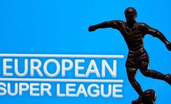 RESUMEN-Superliga europea es desechada ante retiro de más clubes