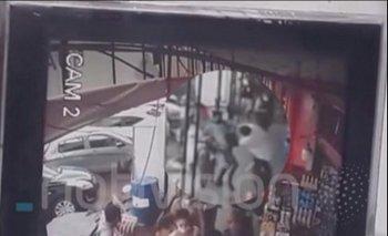 A mano armada, delincuentes robaron $us. 40.000 en las afueras de un banco