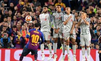 El mundo del fútbol se maravilla con Messi