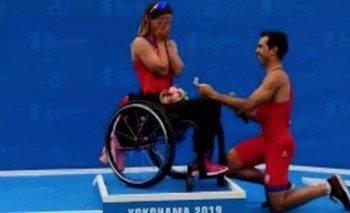 Conmovedora propuesta a una triatleta paralímpica