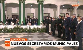 Johnny  Fernández posesionó a los nuevos secretarios municipales