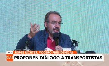 Vocero presidencial y senadores proponen diálogo a los transportistas