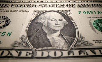 Dólar cotiza cerca de mínimos en varios meses por expectativas de tasas sin cambios en EEUU