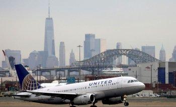 Sitios web de grandes aerolíneas de EEUU sufren caídas: Downdetector