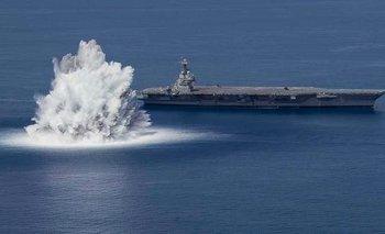 Video: EE.UU. detona bomba de 18.000 kilos para probar la resistencia de un buque y provoca un sismo