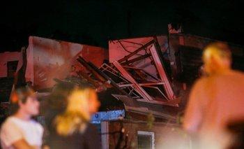 Tormentas eléctricas azotan el área de Chicago y dejan en la oscuridad a miles de personas