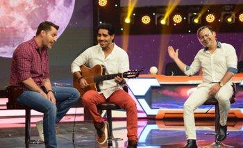 Andrés Barba y David Dionich le cantaron al amor en The Narigón Show