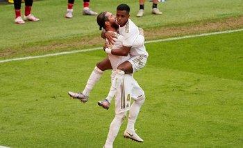 Real Madrid venció por 0-1 al Athetic Bilbao y se pone a tiro para quedarse con la Liga
