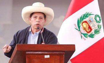 Bolivia felicita a Pedro Castillo por su victoria
