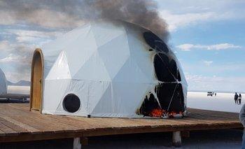 Queman domos durante enfrentamientos en el salar de Uyuni