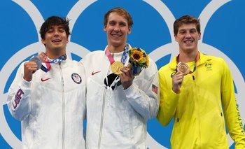 Los atletas deben usar mascarilla todo el tiempo durante los Juegos, pero pueden sacársela en el podio