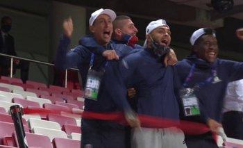 Corrida en el pasillo con grito desenfrenado: El descargo de Di Maria con el gol a los 93'