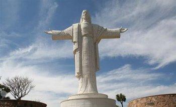 Cristo De La Concordia Icono De La Hospitalidad Cochabambina