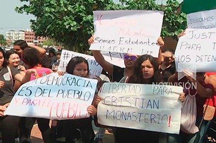 Reportan enfrentamientos durante toma de rotondas en Santa Cruz