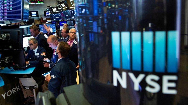 Wall Street registra ligera alza en medio de reunión de Fed