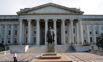 Rendimientos de bonos EEUU cotizan estables mientras operadores observan mercados bursátiles