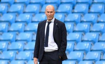 Sin lamentar su salida, Zidane elogia el