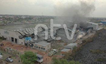 Panorama desolador tras el megaincendio en fábrica de colchones