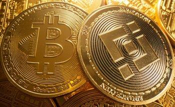 Liquidación de criptomonedas se amplía: bitcóin baja casi 4%, ether cede un 6%