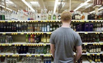 OMS plantea subir el precio de las bebidas alcohólicas para evitar el cáncer