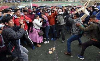 Asamblea de los cocaleros afines al MAS termina en pelea campal