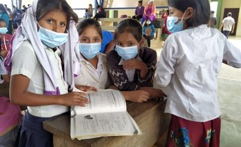 Ministerio de Educación distribuye textos de aprendizaje para el tercer trimestre