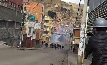 La Paz: Policía y cocaleros se enfrentan cerca de Adepcoca