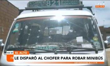 Sujeto dispara a un chofer para robarle su minibús en El Alto la policía está en su búsqueda