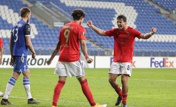 Benfica golea en Europa League con triplete de uruguayo Darwin Nuñez