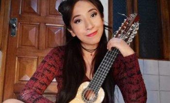 VIDEO: Luciel Izumi una charanguista que cautiva con su talento