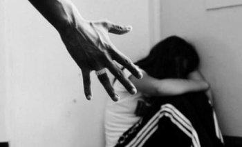 Una menor de 15 años sufre agresiones de su hermanastro; tiene 5 días de impedimento
