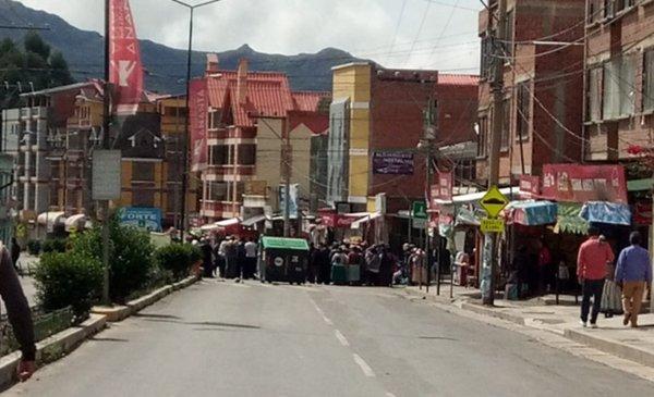 Instalan puntos de bloqueo en Río Abajo - Red Uno de Bolivia