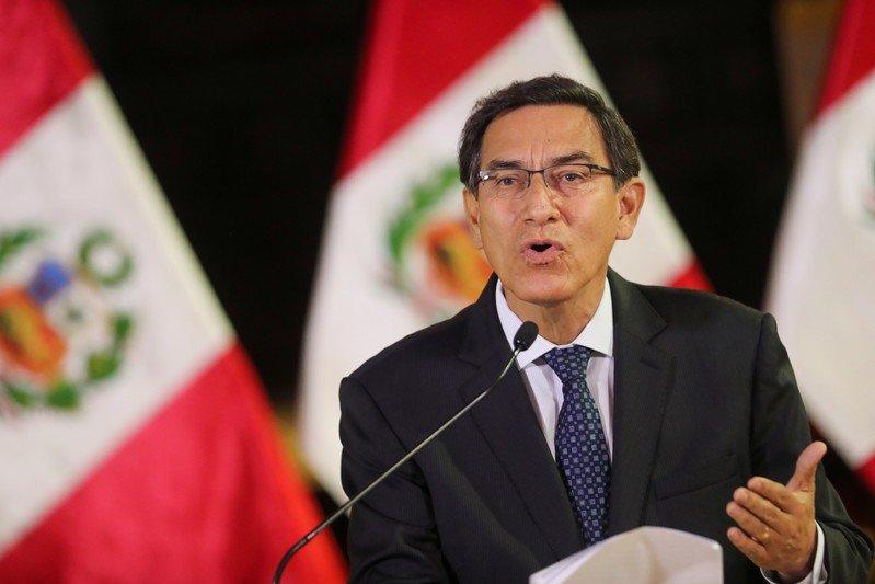 Perú anunció que normalizará relaciones con Bolivia cuando supere crisis