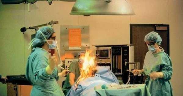 Medicos quemaron viva a una mujer en una cirugía