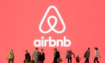 Airbnb apunta a una valoración de 35.000 millones de dólares en OPI