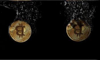 Se olvidó su clave y perdió más de 53 millones de euros en Bitcoin