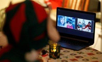 Papás Noel cambian la chimenea por internet